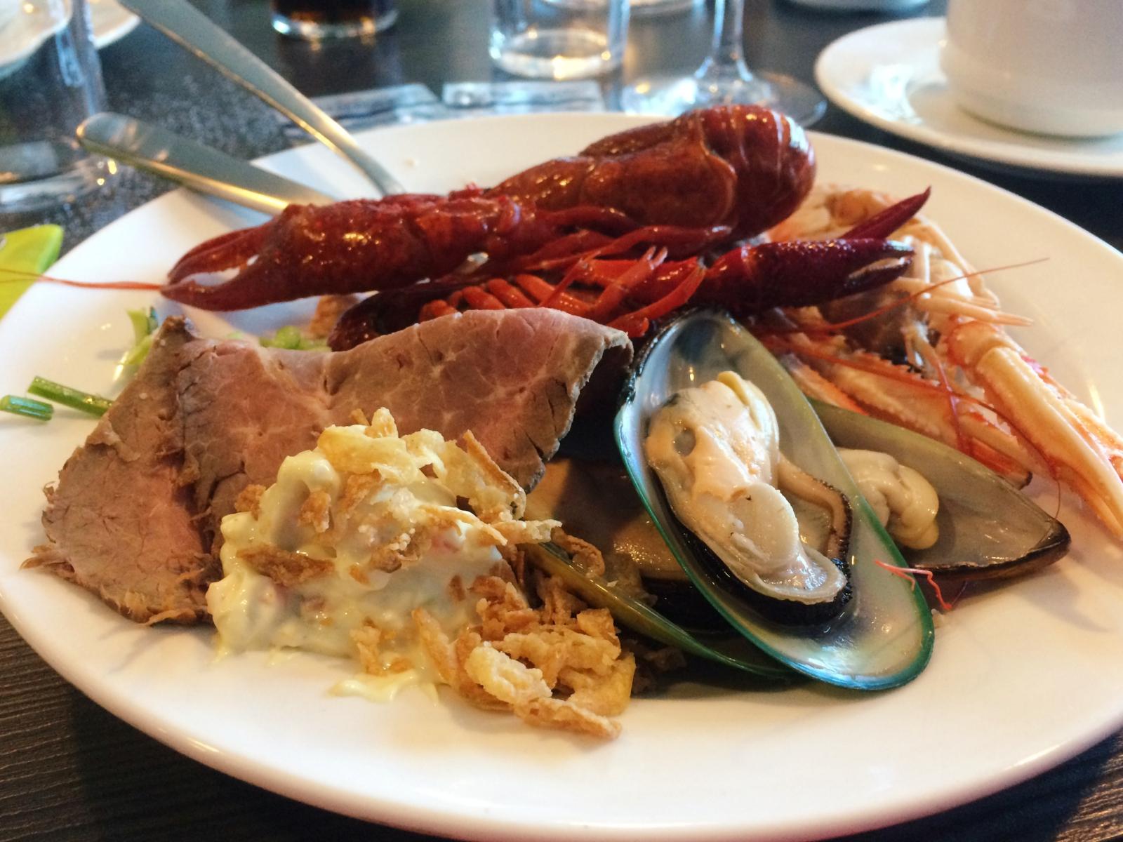 DFDS Lavish Oyster Dinner