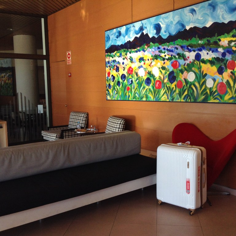 VIP Bags White Tube Travel