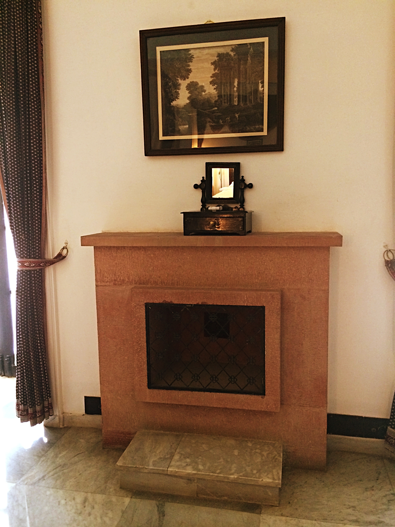 Jhira Bagh Palace Fireplace