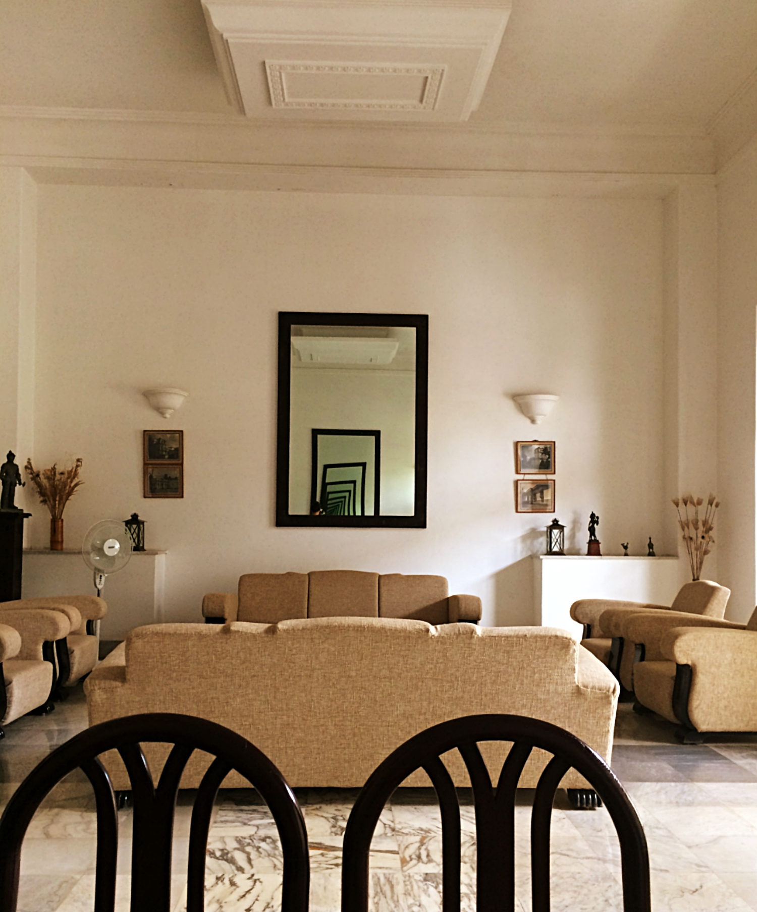 Jhira Bagh Palace Lobby