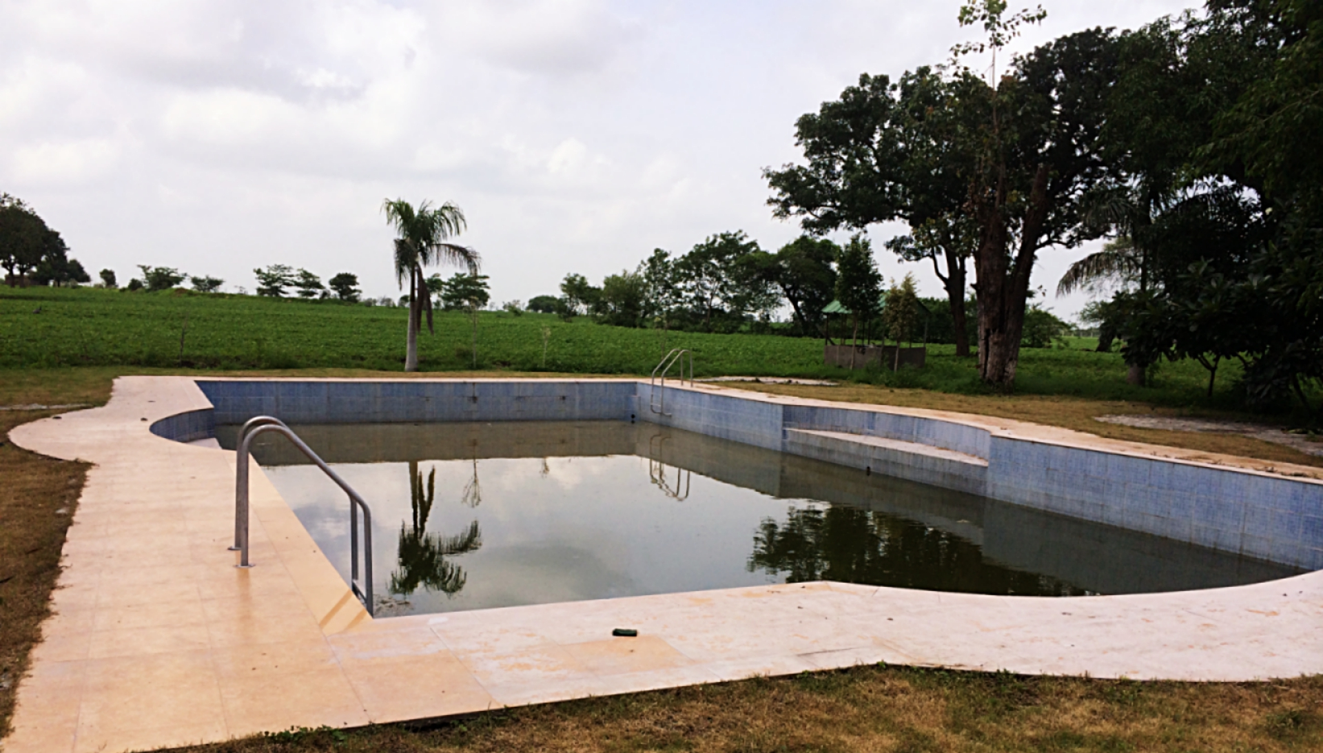 Jhira Bagh Palace Swimming Pool