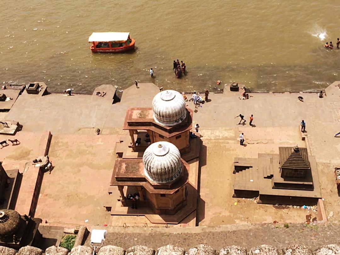 Maheshwar Ahilya Fort Narmada
