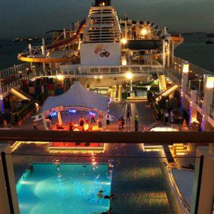 Genting Dream Main Pool Deck
