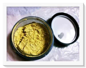 Vert Gold Highlighter Powder