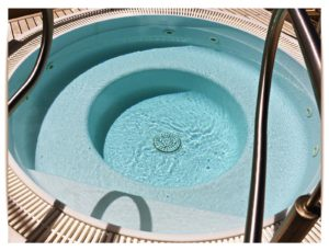 Dream Palace Hot Tub