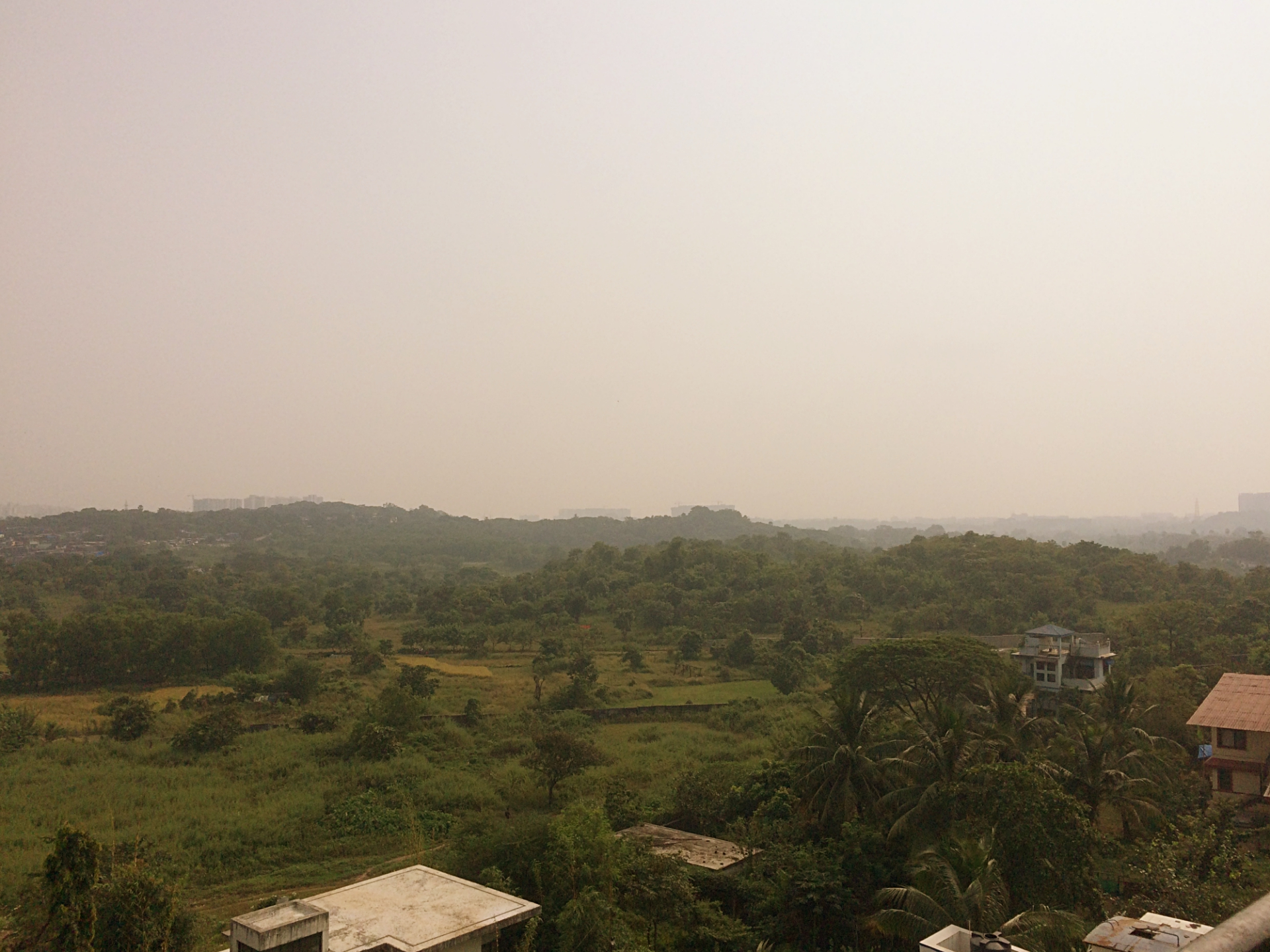 Maharashtra colonial-era hill stations to lush-green vineyards