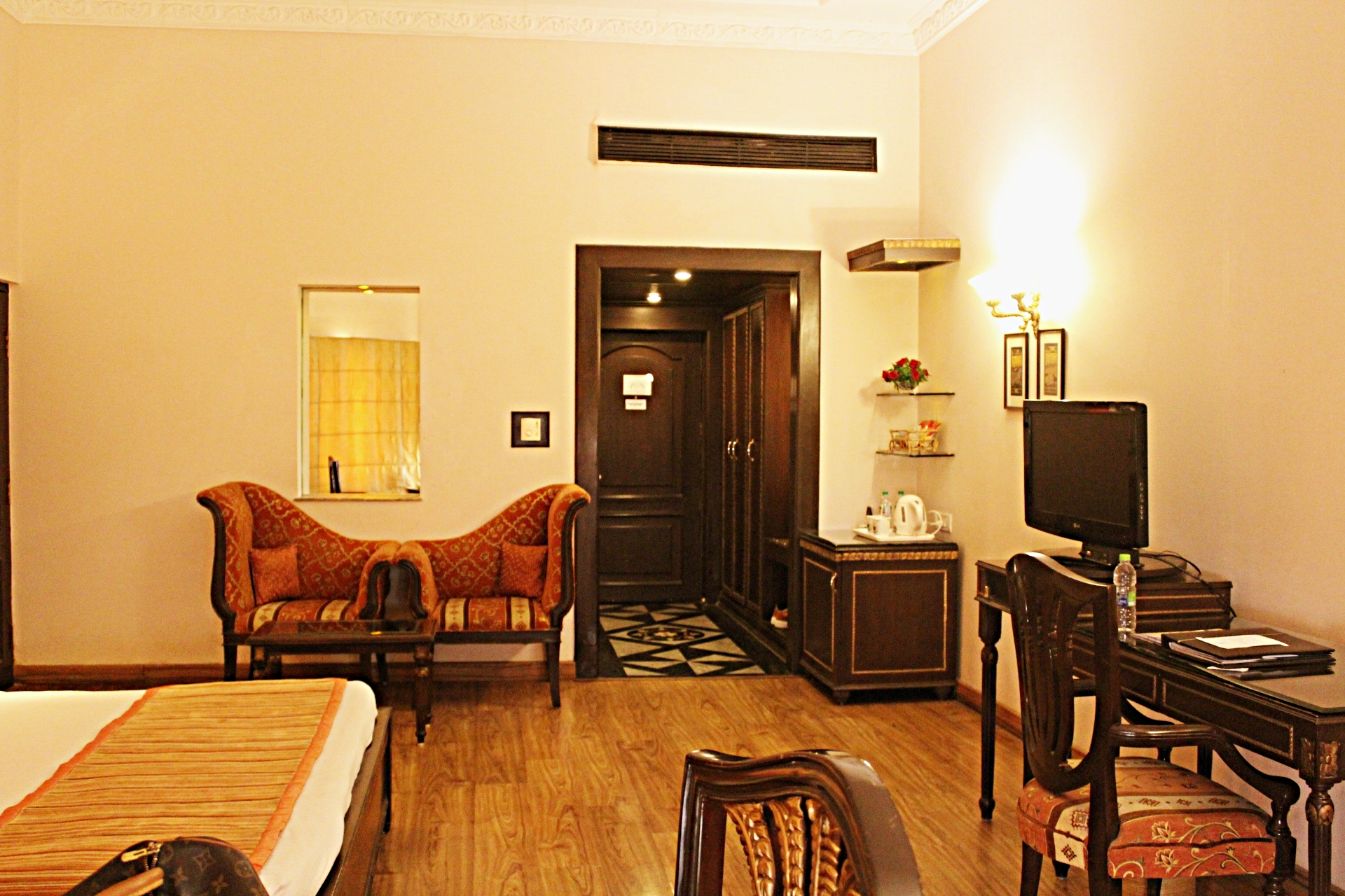 Club Junior Suite Bhopal