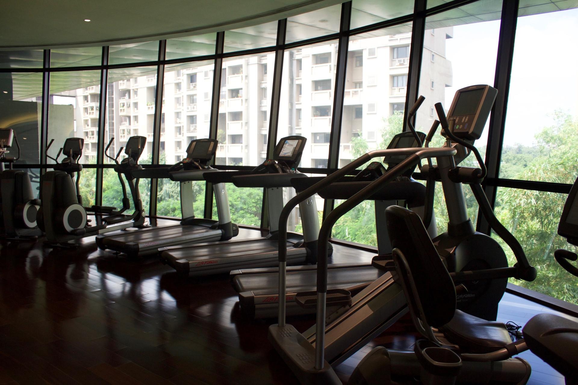 Marriott Suites Pune Gym
