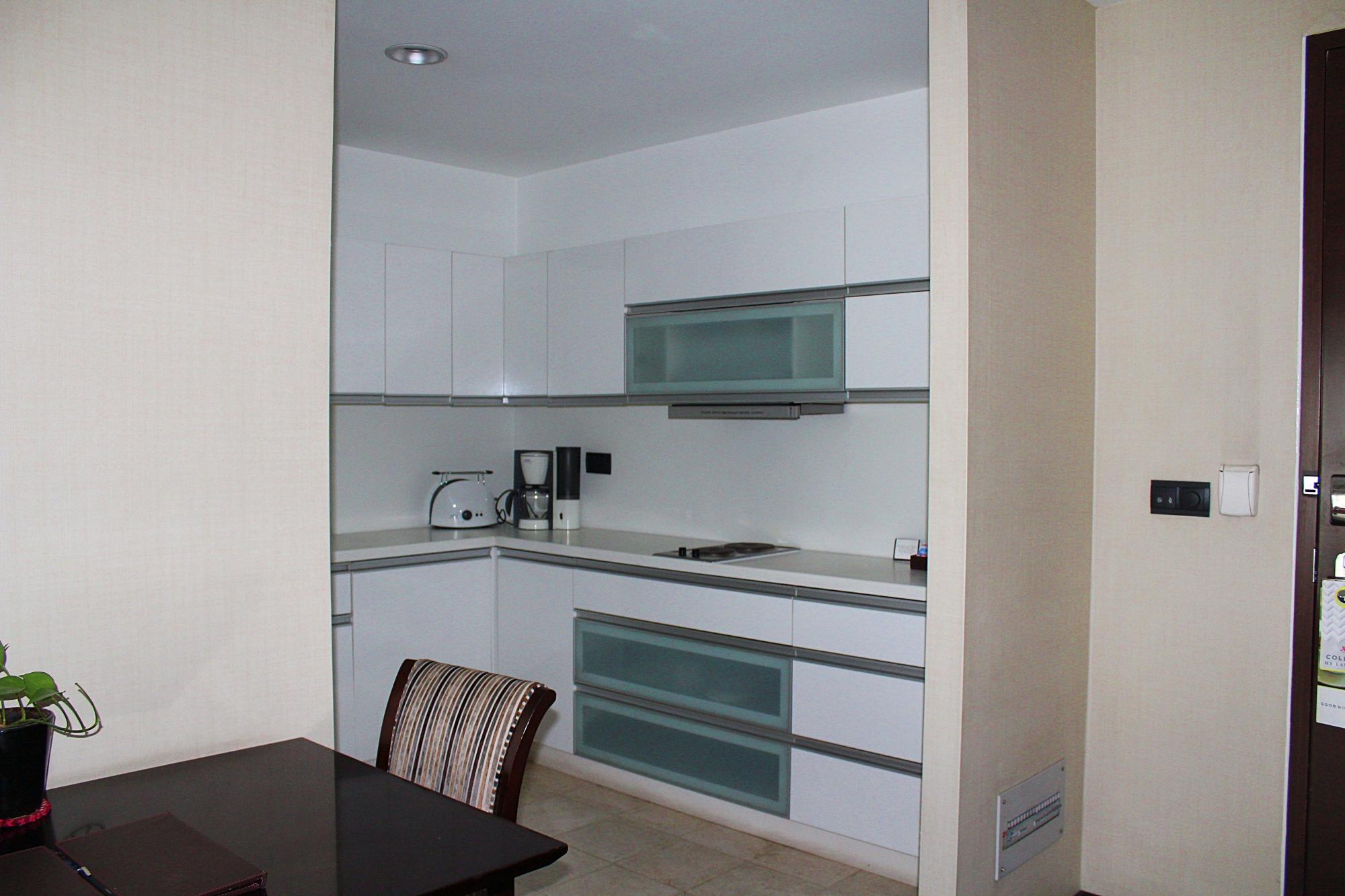 Marriott Suites Pune In room kitchen