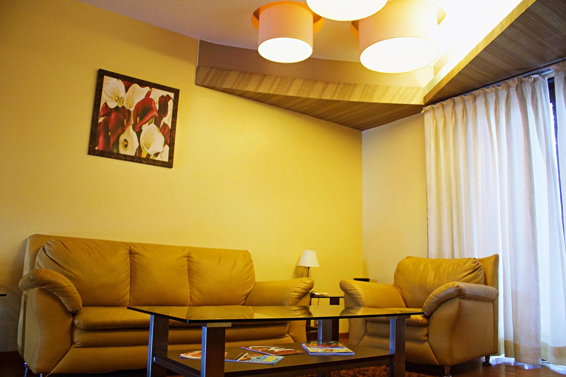 The Corinthians Suite Room Living Area