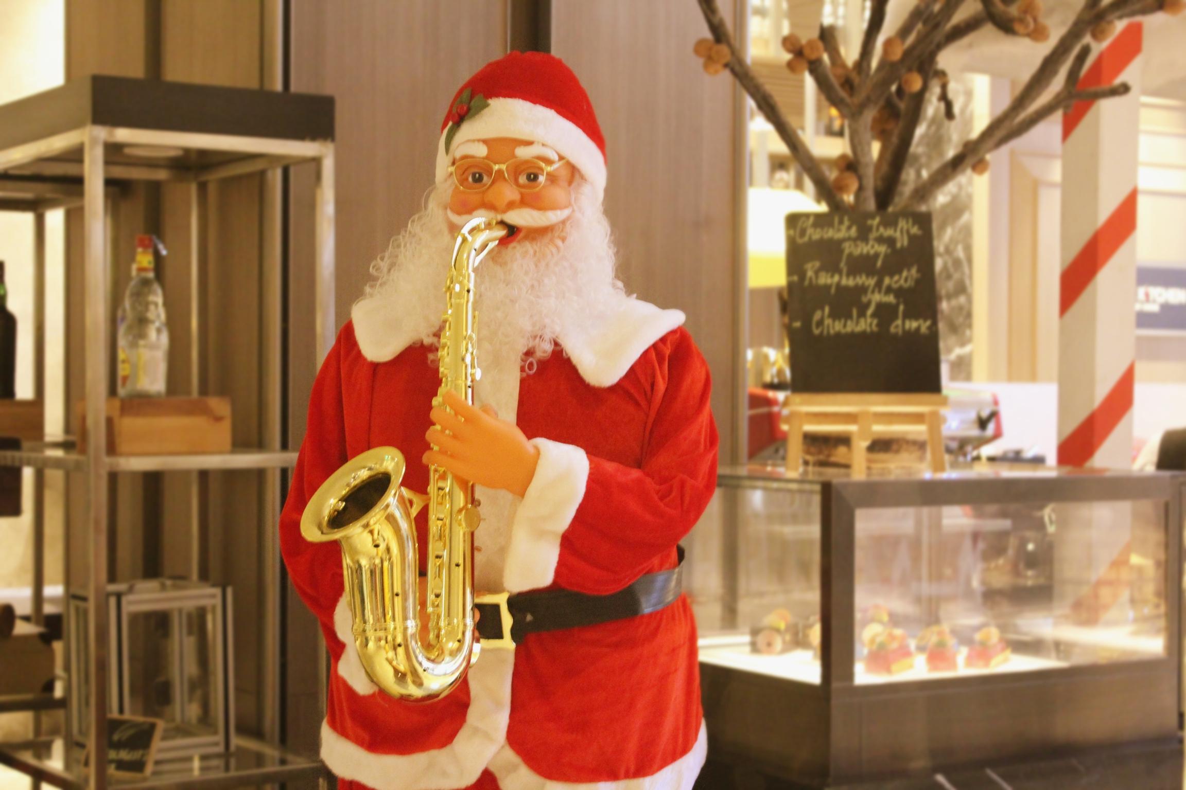 Indore Marriott Santa Claus