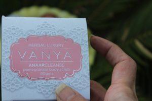 Vanya Pomegranate Body Scrub