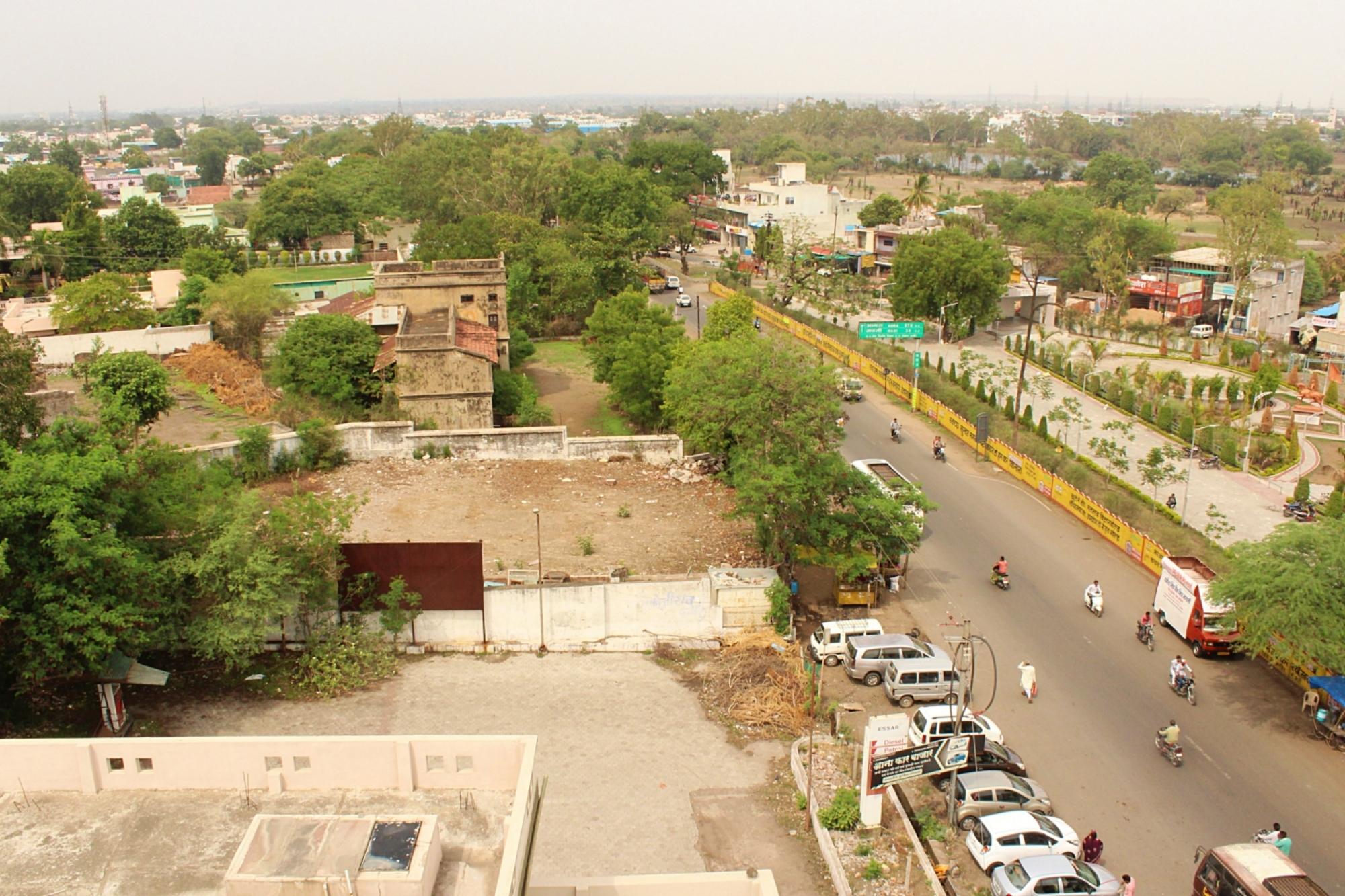 Dewas Street View