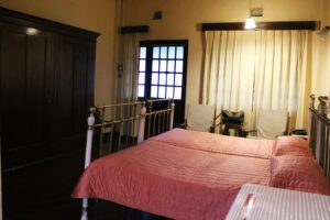 Bandarawela Hotel Room