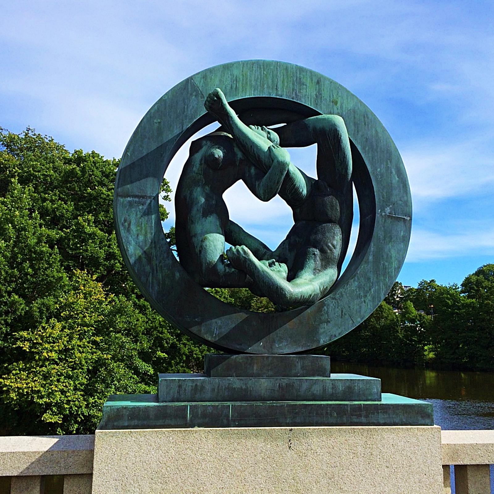 VigelandParkGraniteSculpture