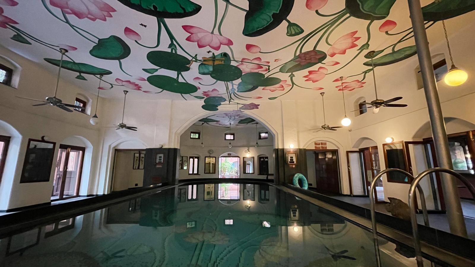 Lotus Pool House of MG